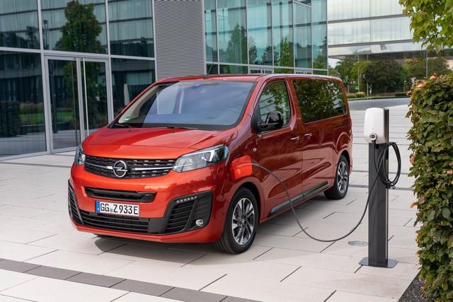 De l'électricité dans l'air : l'Opel Zafira-e Life tout électrique en vente à partir de 51 500 euros bonus environnemental déduit Opel-Zafira-e-512832