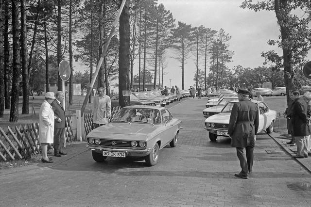 Comme il y a 50 ans : l'Opel Manta retrouve Timmendorfer Strand Opel-Manta-512907