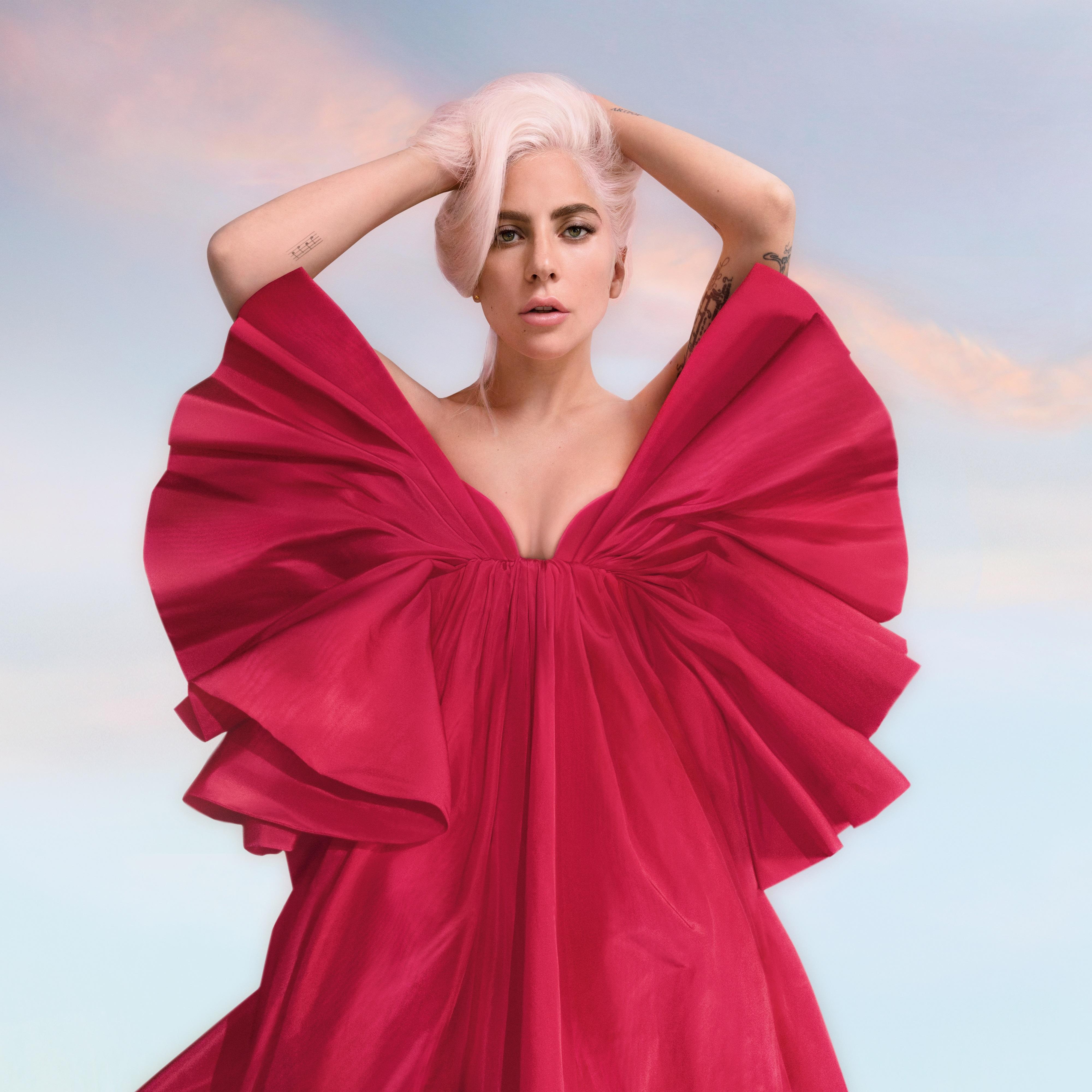 2020-Valentino-red.jpg