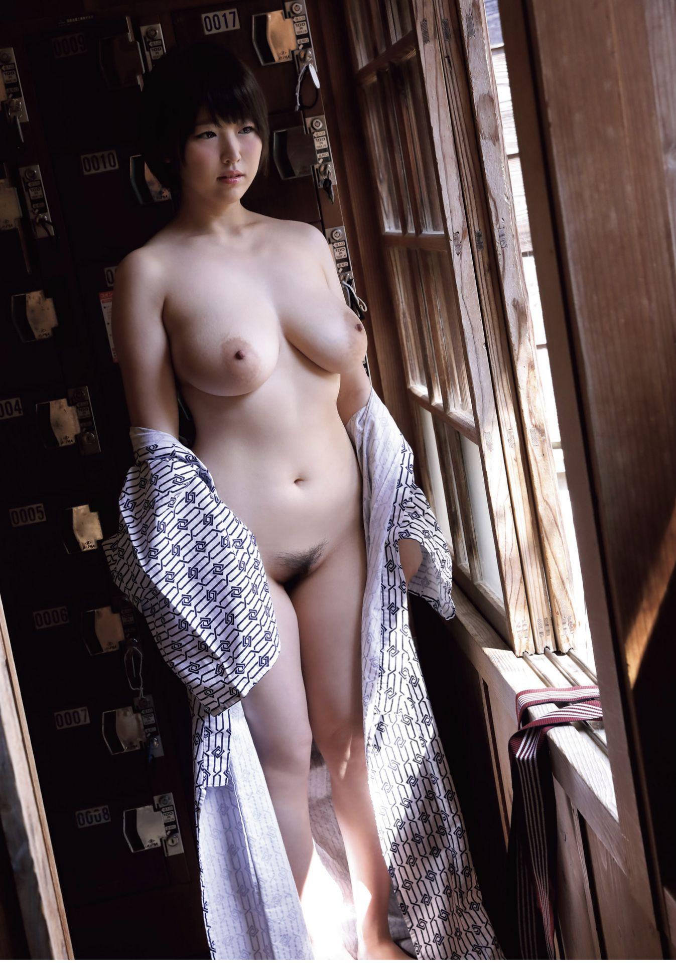 松本菜奈実 写真集「零れる」photo 027