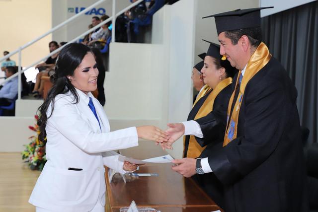 Graduacio-n-Medicina-139