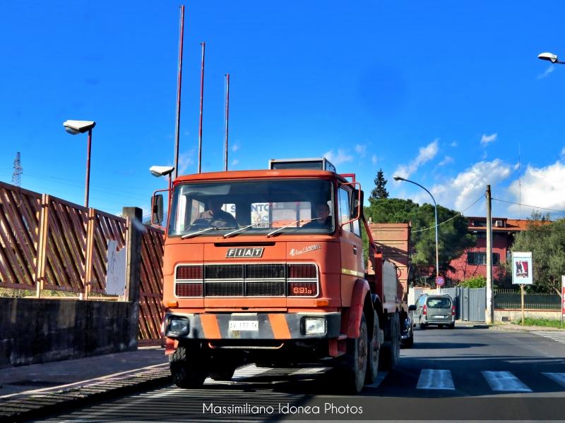 Veicoli commerciali e mezzi pesanti d'epoca o rari circolanti - Pagina 13 Fiat-691-4-Asse-Campana-Diesel-13-8-223cv-73-AV177-TK-1