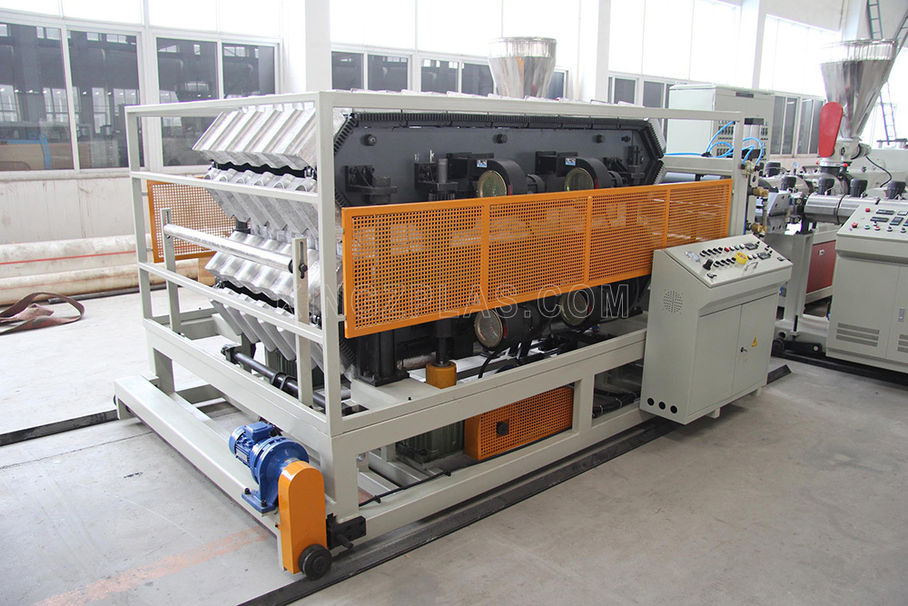 PVC-roof-tile-forming-machine