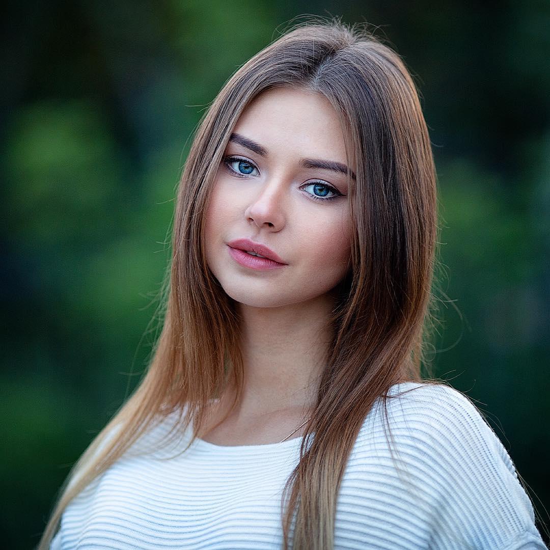 Picture of Polina Oganicheva