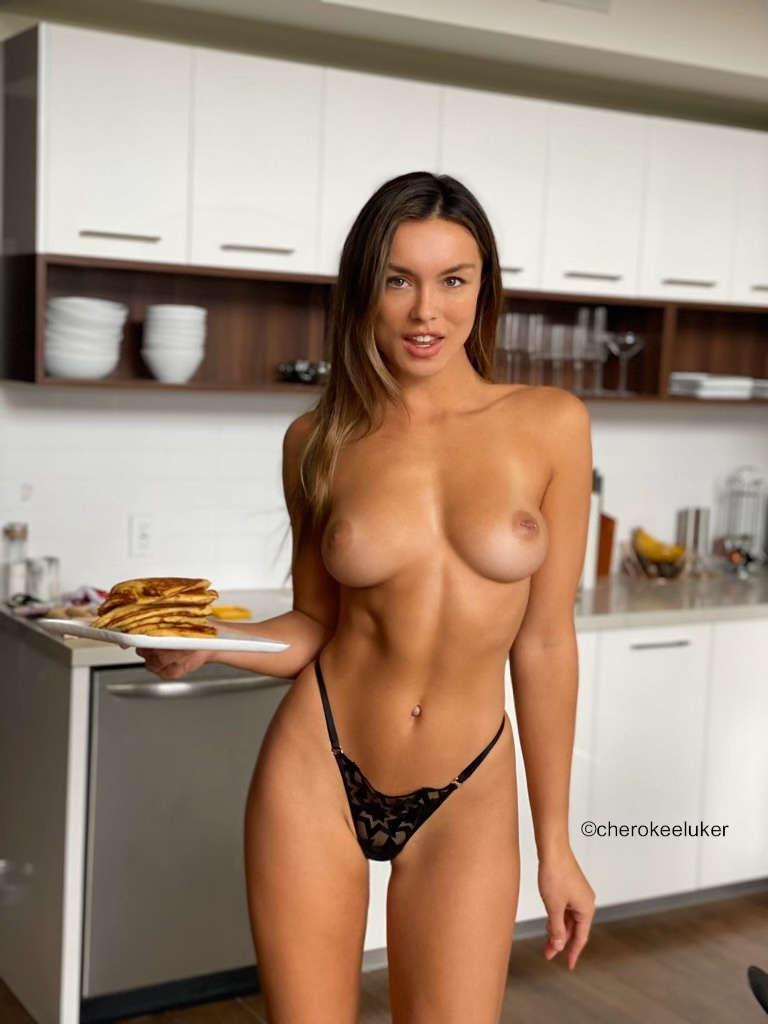 Fit-Naked-Girls-com-Cherokee-Luker-nude-fit-1