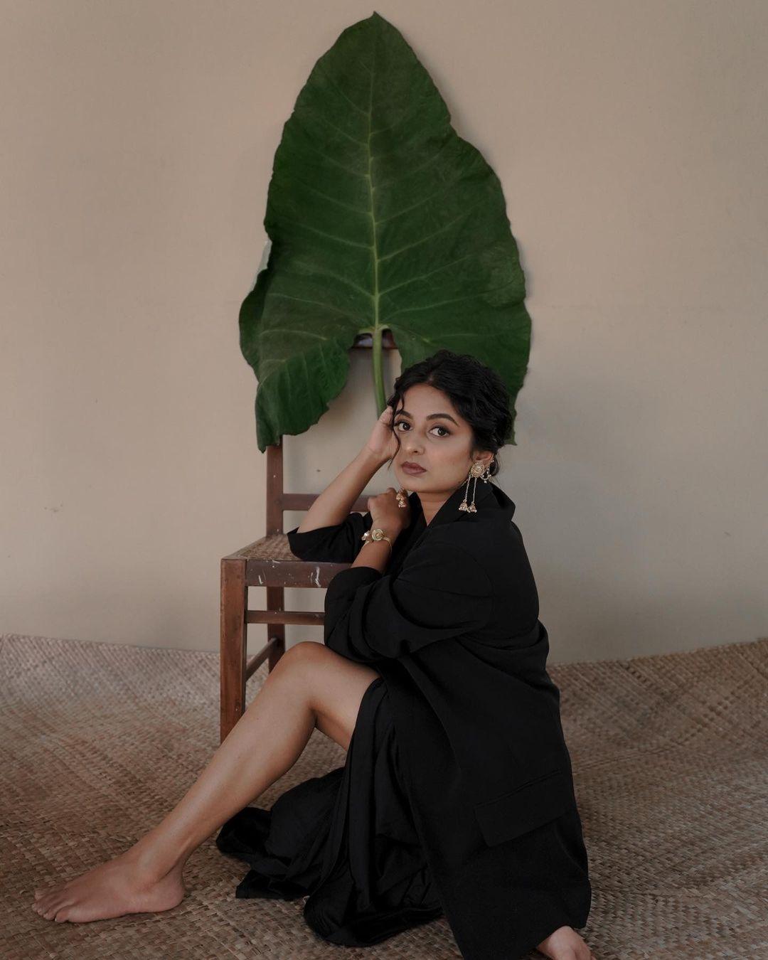 Esther-Anil-Sexy-Photoshoot-6