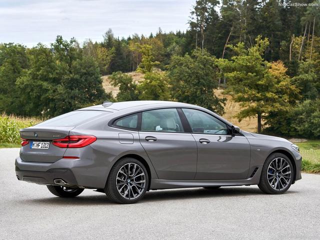 2017 - [BMW] Série 6 GT (G32) - Page 9 DE22-DDE1-DA78-49-E8-BEDF-E4218301-D46-C