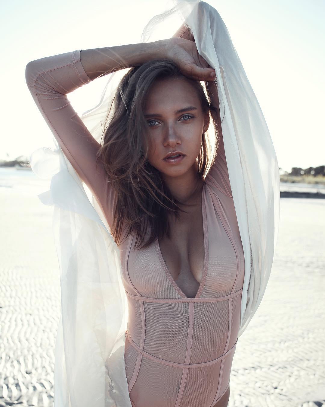Anastasia Pochernikova Nude Photos 11