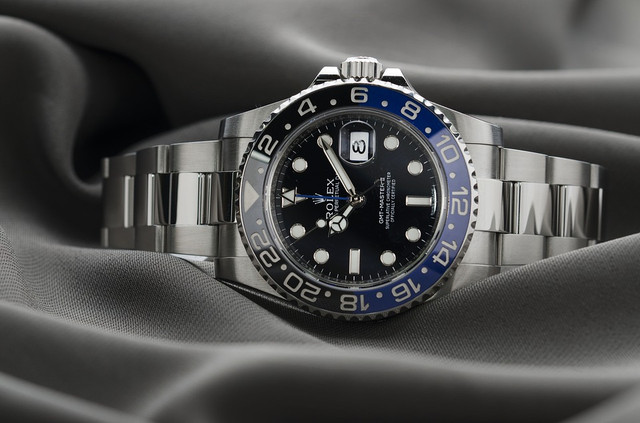 How to Choose your First Luxury Watch?