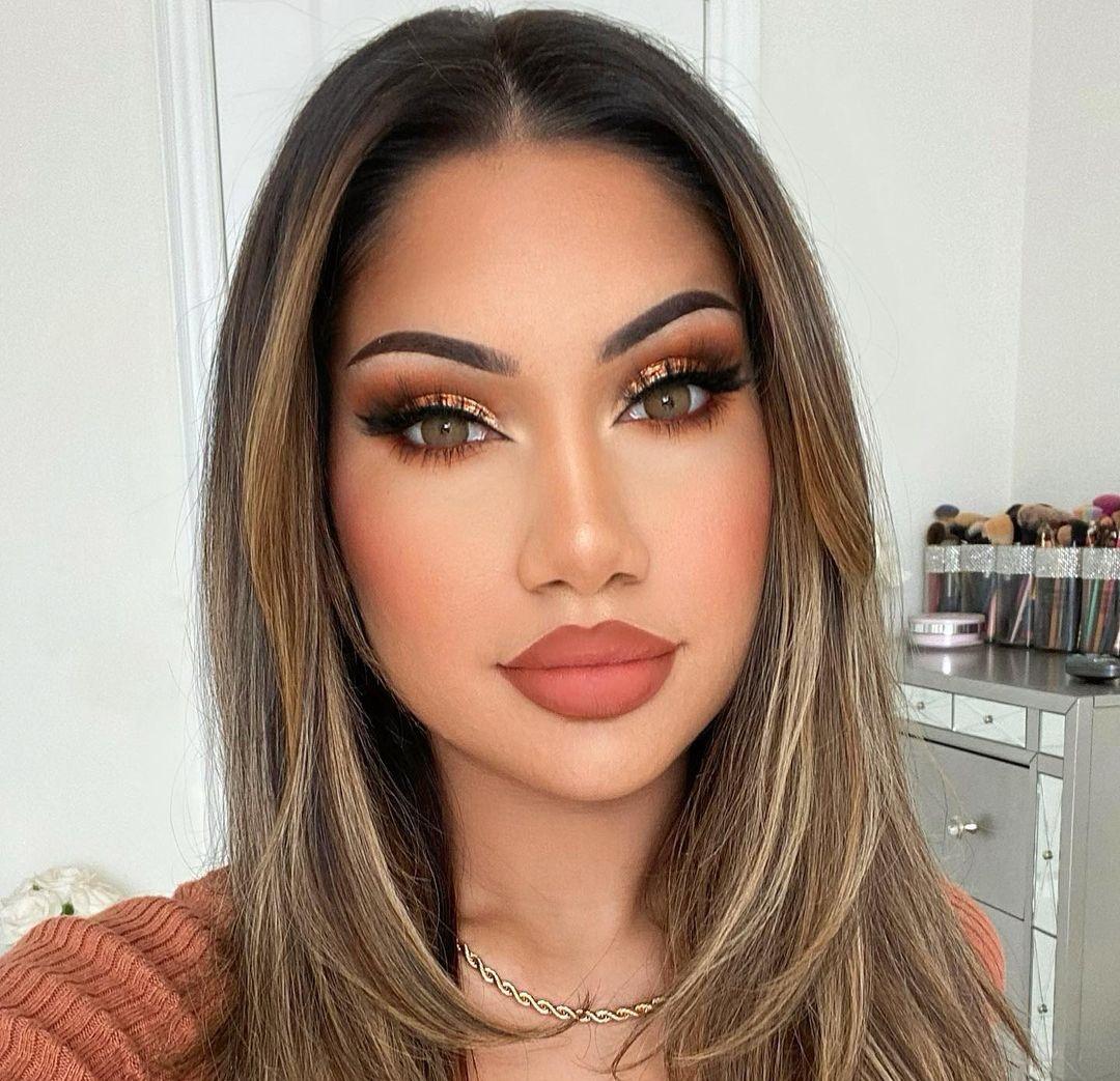Makeupbyalinna-Wallpapers-Insta-Fit-Bio-6
