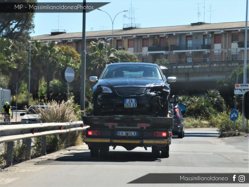 Auto Moderne - Pagina 17 Chrysler-200-ZA263-XX-3