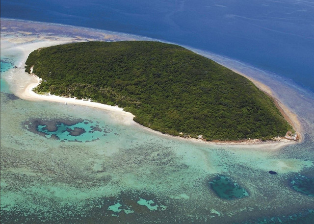 Roy-and-Anna-Turner-Haggerstone-Island.jpg