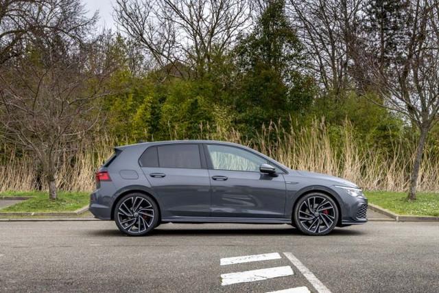 2020 - [Volkswagen] Golf VIII - Page 25 C4-BE8927-65-FE-4-B7-B-9-E95-A28-B2-A14-A081
