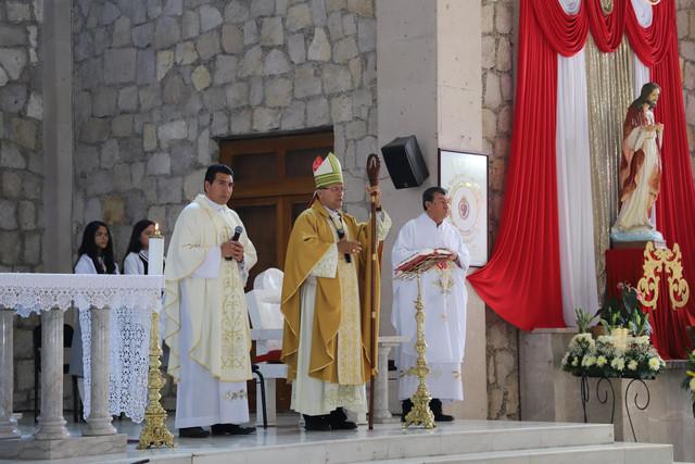 Graduacio-n-Prepa-Sto-Toma-s-14