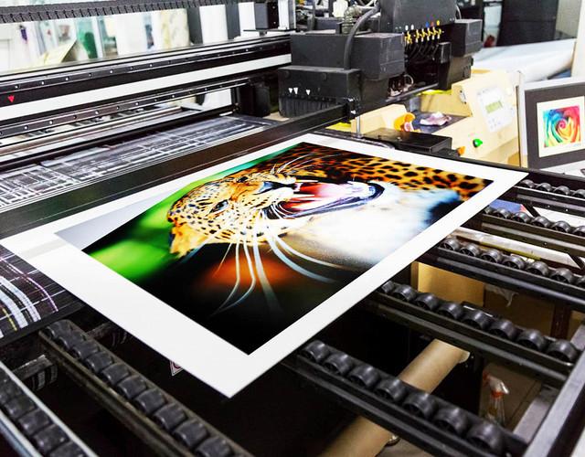 Чем отличается печать широкоформатная?