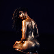 Chiara-Bianchino-Glitter-Girl-by-Hannes-Windrath-24