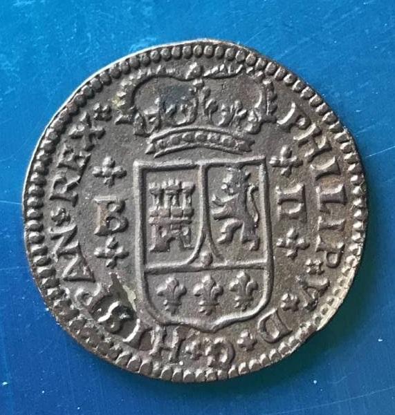 2 maravedís de Felipe V de Barcelona, 1720. Photo-2021-04-21-12-33-59