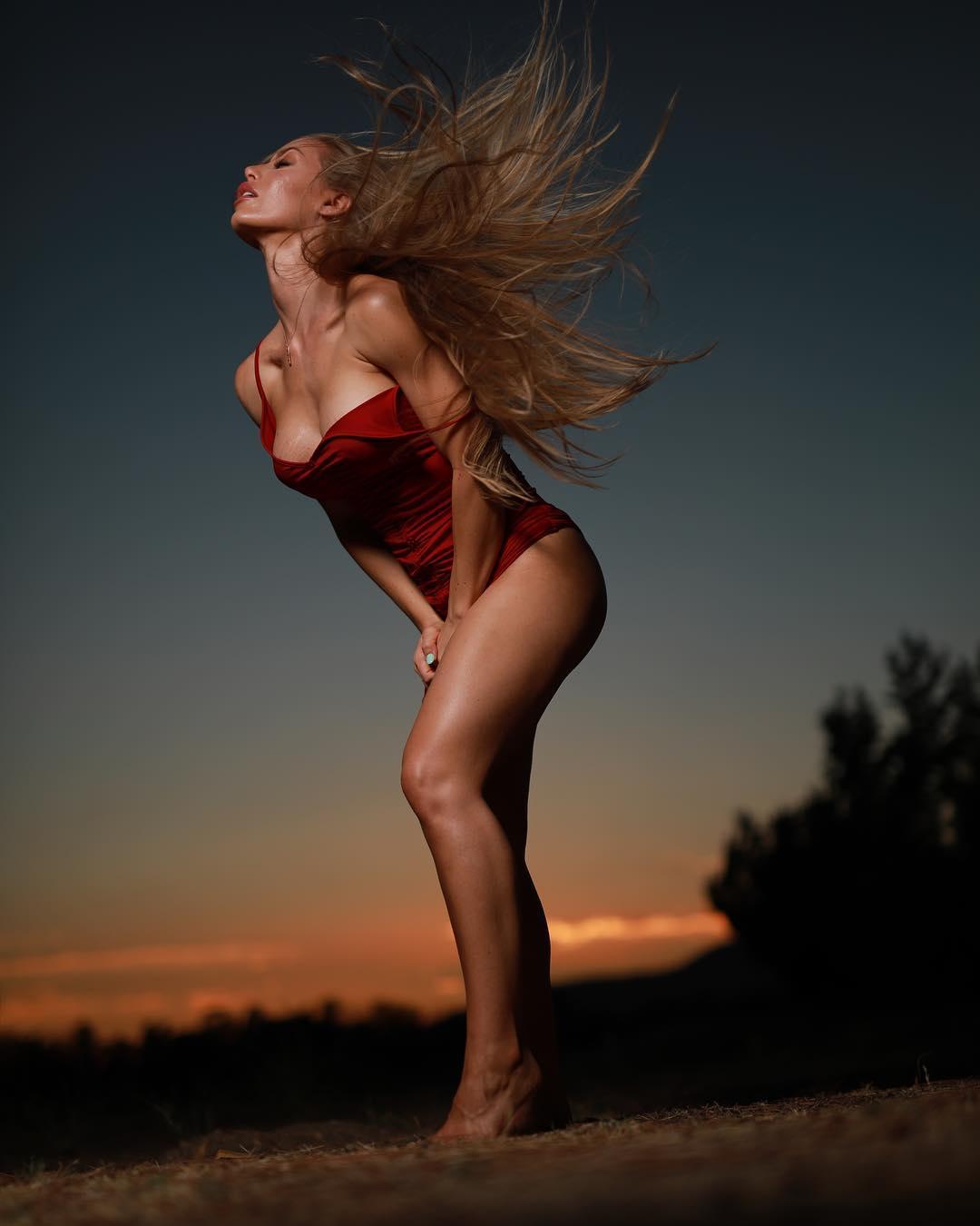 Nicole Aniston Bio
