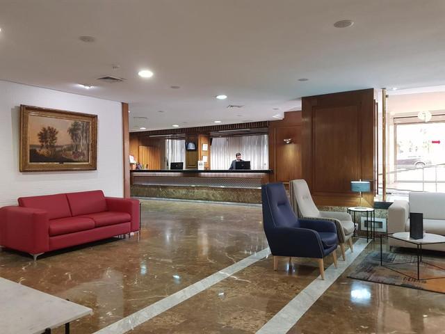 recepcion-hotel-pasarela-travelmarathon-es