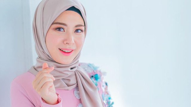 5 Gaya Hijab Trending yang Harus Dicoba Milenial Muslim