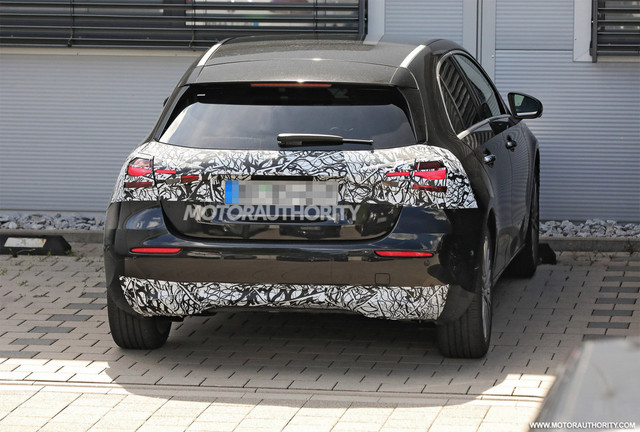2022 - [Mercedes-Benz] Classe A restylée  D338-DB65-AE4-A-44-B0-8-F59-B052-D540-A562