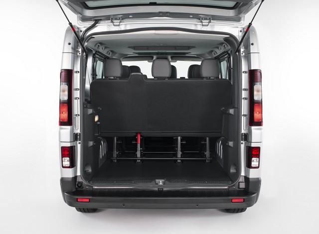 Le Nissan NV300 Combi Fait Peau Neuve New-NV300-Combi-Trunk-1-source