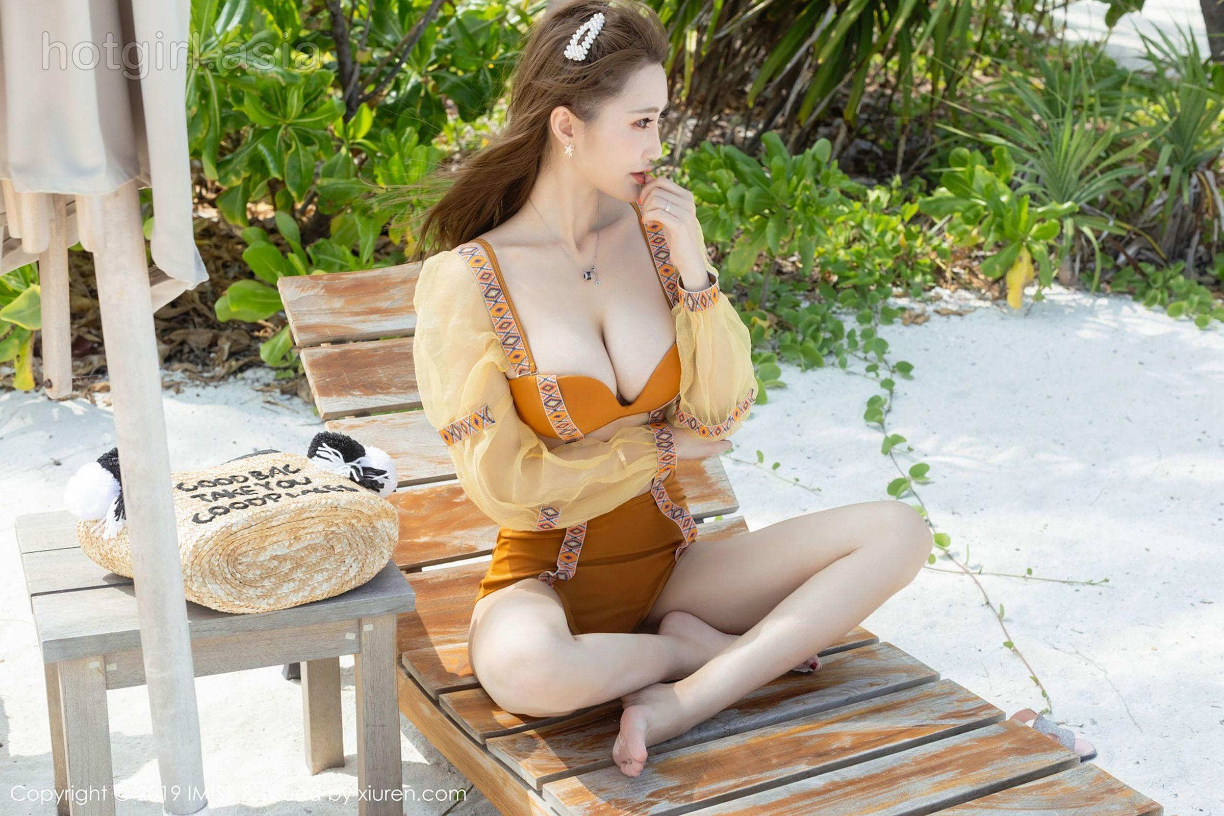 [IMiss love honey club] Vol.326 temperament goddess @妤薇Vivian Maldives travel photo