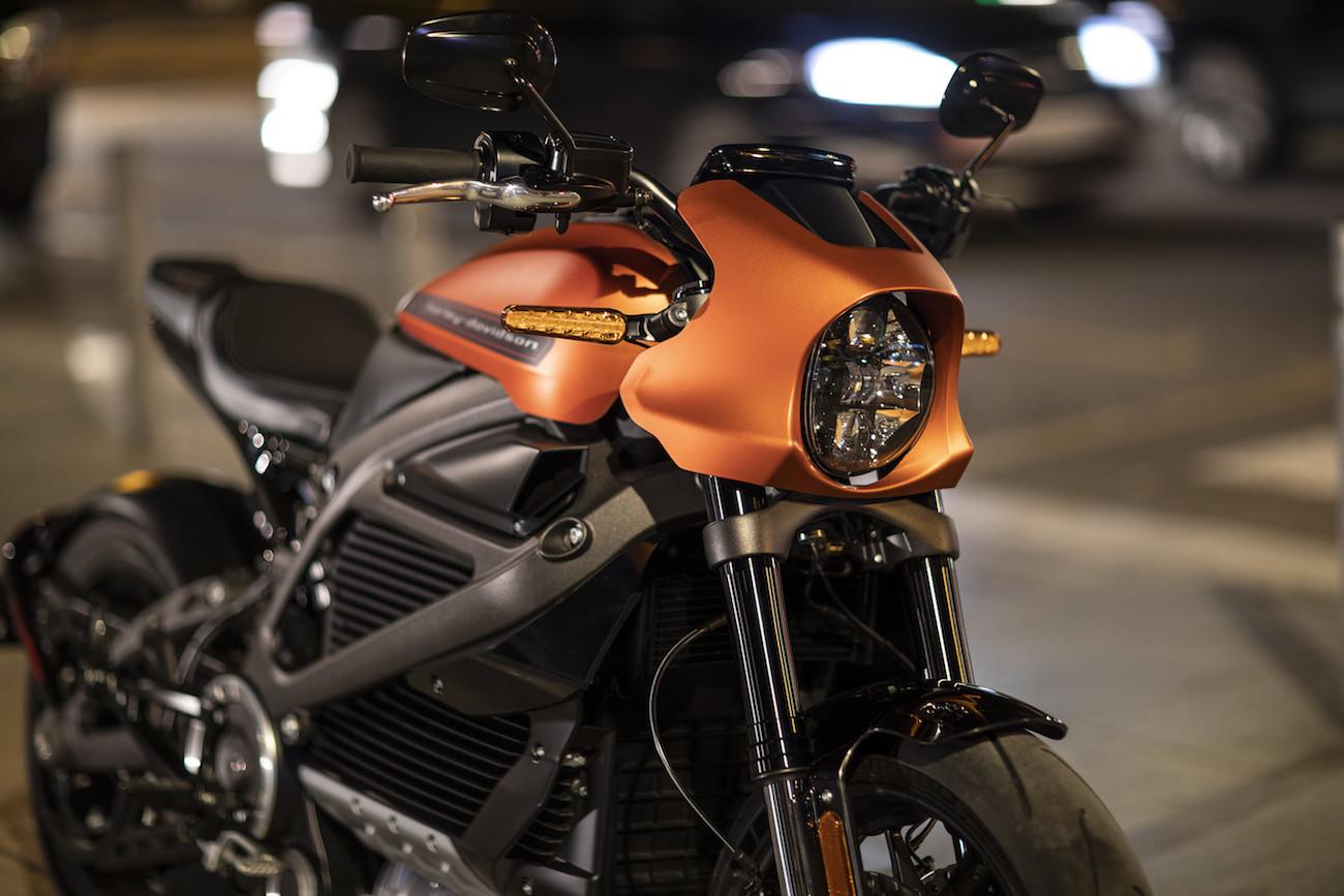 Live-Wire-Harley-Davidson-4