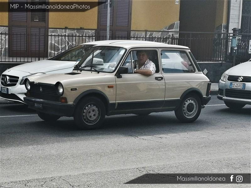 avvistamenti auto storiche - Pagina 38 Autobianchi-A112-Junior-900-82-CT582010