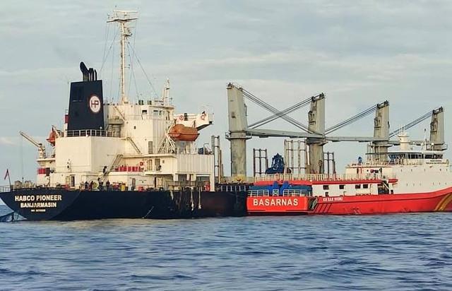 kapal-habco-pioneer