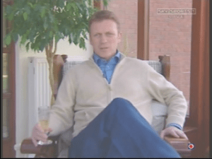 David-Moyes-Beige-Cardy-1.png