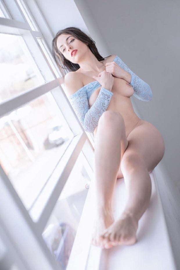 Voyeur-Flash-com-Sophie-Stage-nude-67