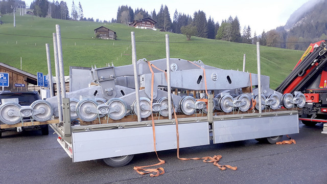 Construction télécabine 10 places Eggli (Gstaad BE) BT-Eggli-Mai-Rollenbatterien-3-800x450-Px