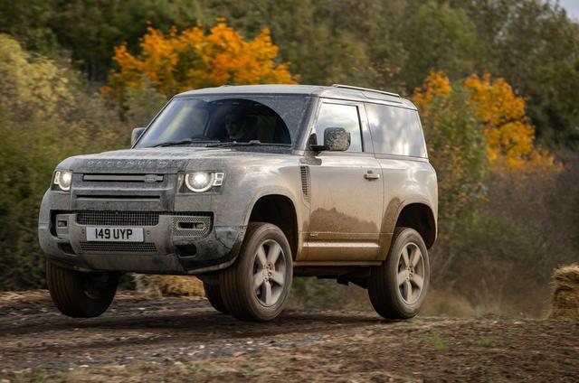 2018 - [Land Rover] Defender [L663] - Page 17 121-F5398-2-A6-D-4-CA1-8-A47-F27199-B9-A03-C