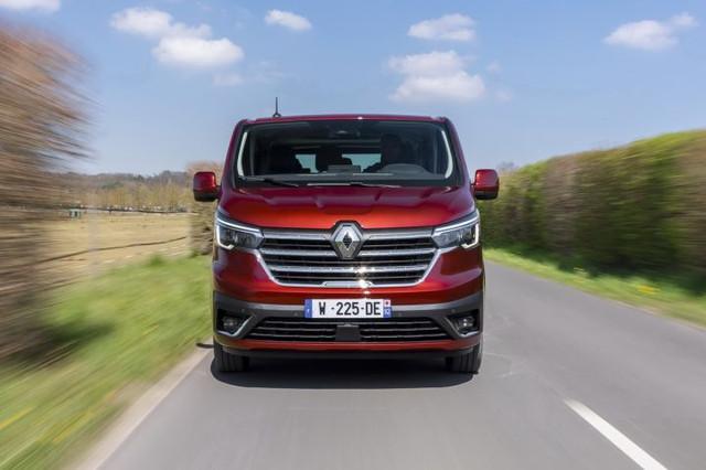 2014 [Renault/Opel/Fiat/Nissan] Trafic/Vivaro/Talento/NV300 - Page 21 438-DEC1-F-EEB5-4-A02-A101-68-B0-FEFDF50-F