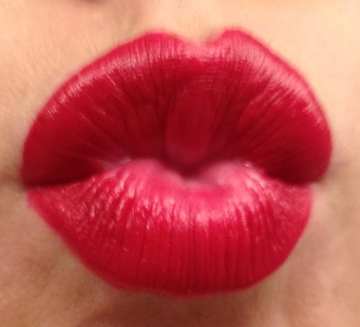 [Image: lips-kiss-photo.jpg]