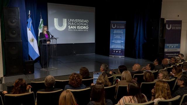 La-Universidad-Nacional-de-San-Isidro-lanz-sus-carreras-1