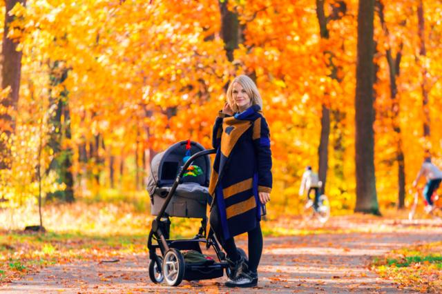 Прогулка с новорожденным осенью