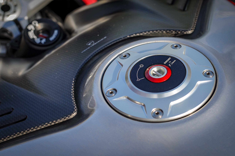 Nicky-Hayden-Ducati-Panigale-V4-tribute-10