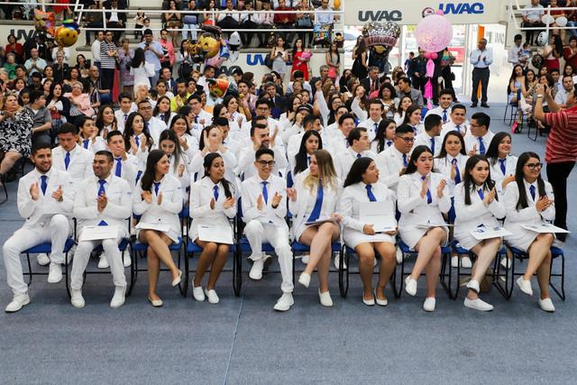 Graduacio-n-Medicina-158