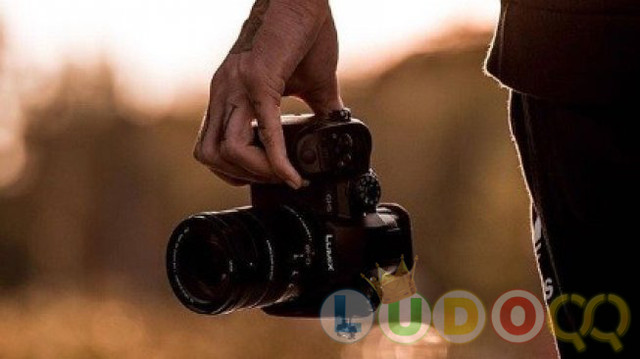 Mampu Rekam 6K, Panasonic Siapkan Kamera Mirrorless Lumix S1H