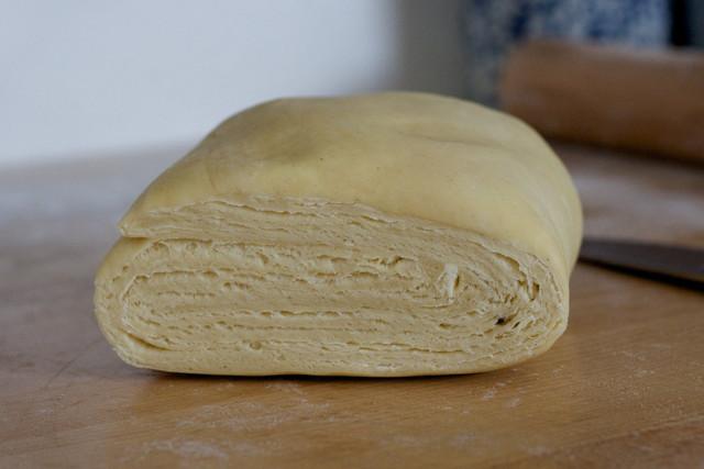 Слоеное пресное тесто для пирогов