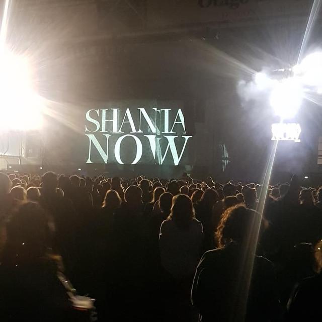 shania-nowtour-dunedin122218-35.jpg