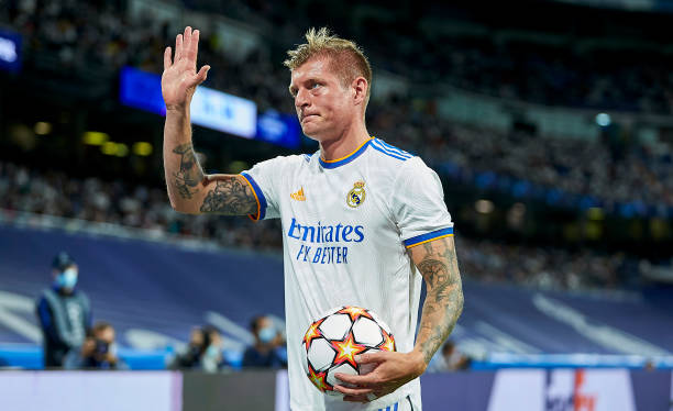 MADRID-SPAIN-SEPTEMBER-28-BILD-OUT-Toni-Kroos-of-Real-Madrid-CF-gestures-during-the-UEFA-Champions-L