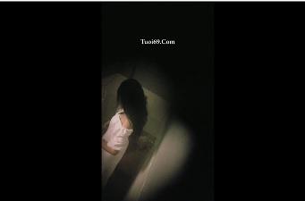 Clip: Quay lén Em gái Việt hững hờ trong đêm, Áo trắng ko làm anh lo lắng^^