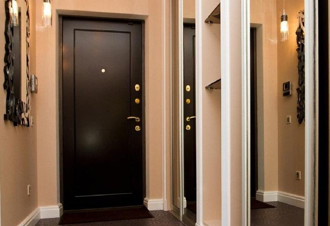 Двери со склада