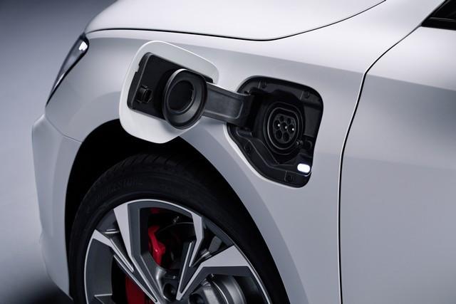 Hybride compacte avec une puissance de 245ch : l'Audi A3 Sportback 45 TFSI e A208943-medium