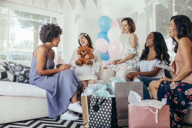 A Helpful Guide to Baby Shower Etiquette