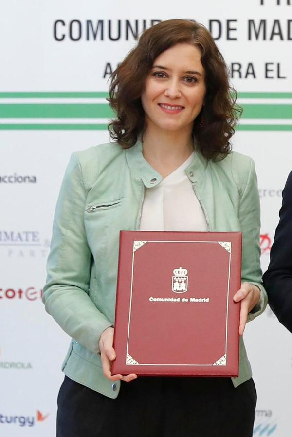 Isabel Díaz Ayuso - Página 5 Xjsd93fe3994