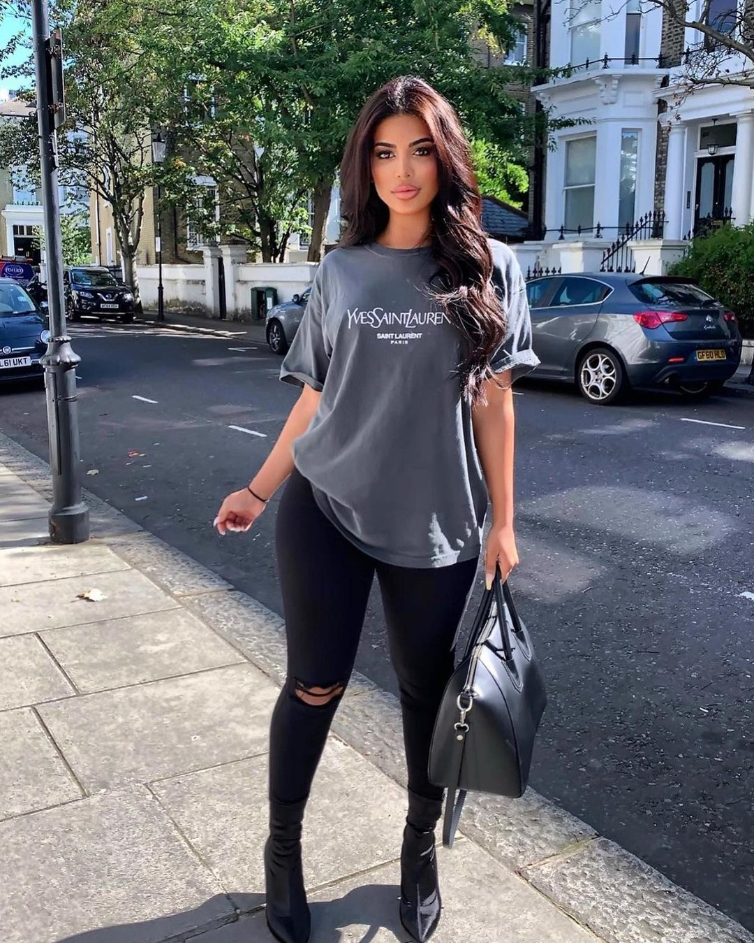 Sofia-londonn-Wallpapers-Insta-Fit-Bio-2